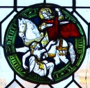 Sankt Martin im rechten Nordfenster der Burgkapelle